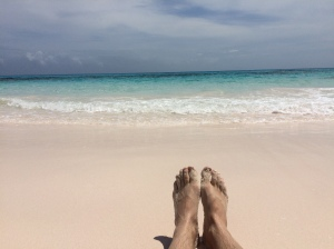 Lighthouse-Beach-Bahamas-Eleuthera-dirt-road-driving